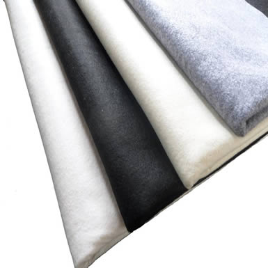 Four bundle of drawing calligraphy wool felt with different colors.