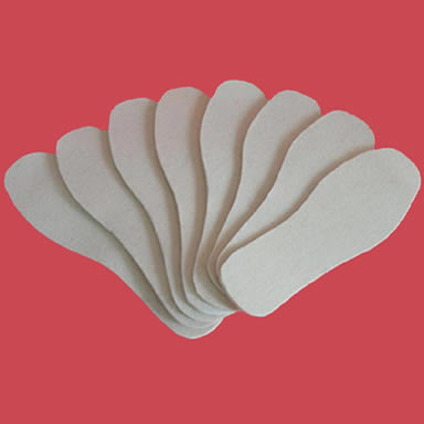 Eight pieces wool felt insoles with different sizes.
