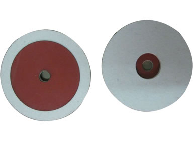 Two wool felt polishing wheels with one in front side and the other in the opposite side with red vulcanized fiber board.